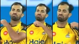 WWE or Cricket? Riaz Gives Unique Undertaker-Like Send-Off to Sarfraz After Dismissal | WATCH
