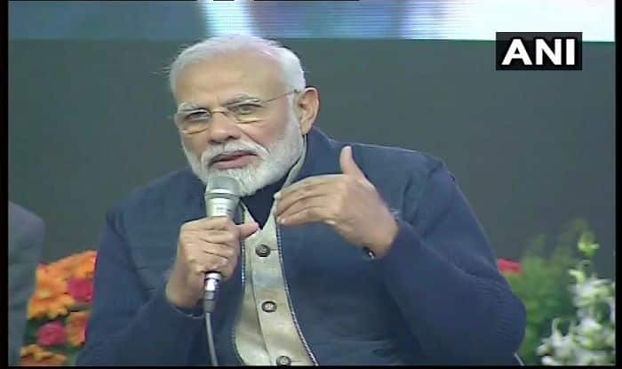 Narendra Modi in Jammu and Kashmir News: PM Narendra Modi Interacts With College Students in Srinagar