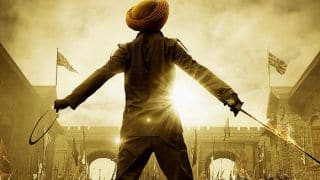Kesari New Poster Out: Akshay Kumar Announces The Countdown Holding Sword in One Hand And a Chakkar in Other