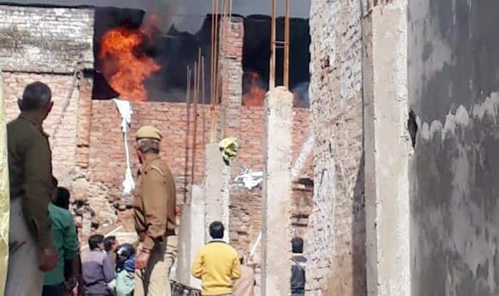 UP: Fire Breaks Out in Furniture Godown in Lucknow's Lalbagh, no Casualties Reported