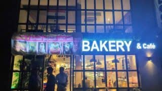 Bengaluru: Karachi Bakery Forced to Cover 'Karachi' From Board as Protesting Mob Gathers Outside
