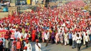 Kisan March From Nashik to Mumbai Continues as Late-Night Talks With Govt Remain Inconclusive