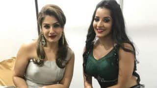 Bhojpuri Hot Actress Monalisa Has a Fan Girl Moment With Raveena Tandon, Pic is Going Viral