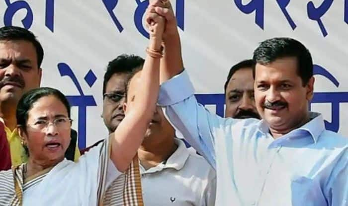 Oppn Leaders Gather For 3rd Time in a Month at AAP's Rally, Train Guns on PM Modi