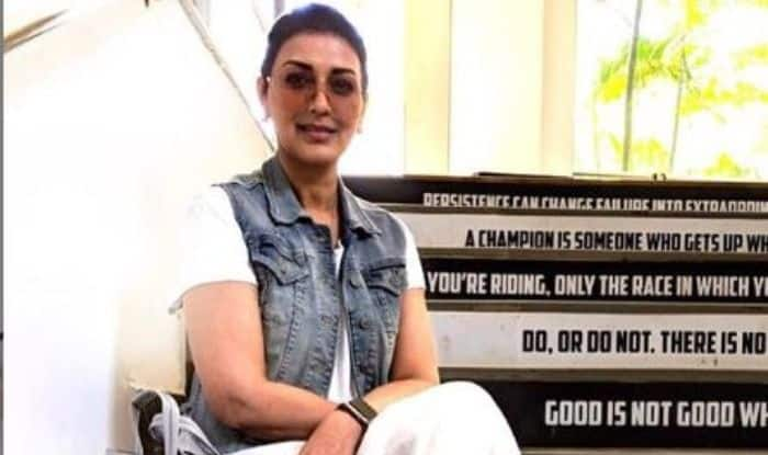 Sonali Bendre is Back on The Set Amid Her Battle With Cancer, Shares a Post