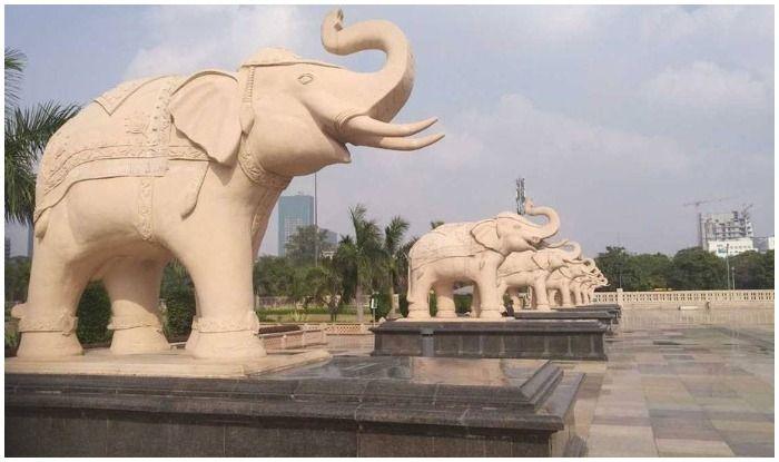 सुप्रीम कोर्ट ने दिया आदेश तो मायावती को मूर्तियों के लिए चुकानी होगी भारी भरकम राशि