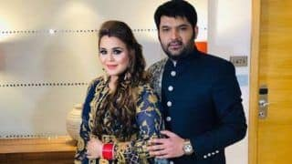 Kapil Sharma-Ginni Chatrath Delhi Reception: Newlyweds Look Royal as They Twin in Blue Indian Attires; See Pictures