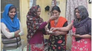 सेनेट्री पैड बनाने वालीयूपी के इस गांव कीमहिलाओं पर बनी फिल्म ने जीता ऑस्कर, खुशी की लहर