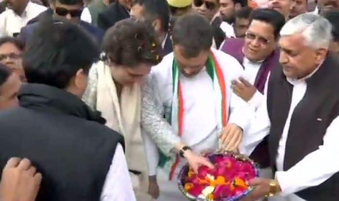 Priyanka Gandhi Vadra in Lucknow: Cong Will Play on Front Foot in Every State, It's an Ideological Battle, Says Rahul at Priyanka's Roadshow