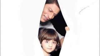 Shah Rukh Khan-AbRam's Picture Peeking Out of 'Light' Tent is Just What Fans Need to Brush Off Mid-Week Blues, Avinash Gowariker Freezes The Adorable Moment