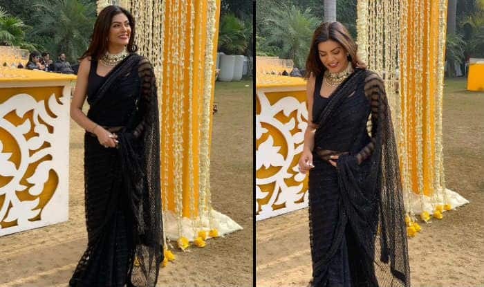 Sushmita Sen's Sexy Black Sheer Saree Look From Wedding Will Remind You of Ms Chandni From Main Hoon Na