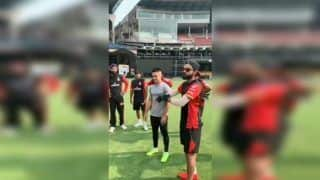 Virat Kohli Introduces Sunil Chhetri to RCB Players at MA Chinnaswamy Ahead of IPL 2019 | WATCH VIDEO