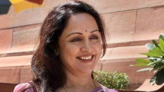 Sitting Mathura MP Hema Malini Declares Her Assets to Poll Panel Ahead of Lok Sabha Elections 2019