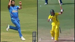 Mohammed Shami Clean Bowls Glenn Maxwell During 1st ODI at Hyderabad | WATCH VIDEO