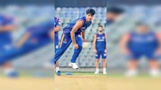 Rasikh Salam Dar Makes Debut For Mumbai, Becomes Youngest Kashmiri to Play Indian T20 League; Twitter Applauds Youngster | SEE POSTS