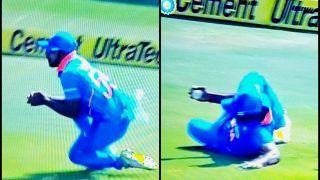 Vijay Shankar's Catch to Send Usman Khawaja Packing Off Kuldeep Yadav During 1st ODI against Australia at Hyderabad | WATCH VIDEO