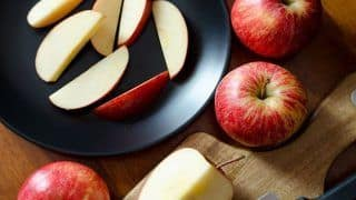 8 Reasons to Eat Apples Every Day