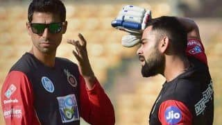 IPL 2019: Bowling Coach Ashish Nehra Spells Mantra to Arrest Royal Challengers Bangalore's Losing Streak