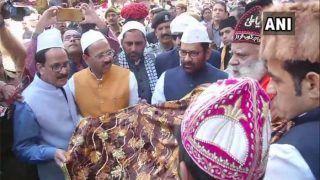PM मोदी की ओर से केंद्रीय मंत्री नकवी ने अजमेर शरीफ दरगाह पर चढ़ाई चादर