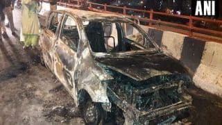 Delhi: Woman, Two Daughters Charred to Death After Car They Were Travelling in Catches Fire Near Akshardham Flyover