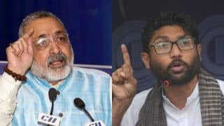 Giriraj Singh Blames Jignesh Mevani For Attacks on Migrants in Gujarat