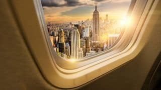 7 Essentials to Pack on a Long Haul Flight
