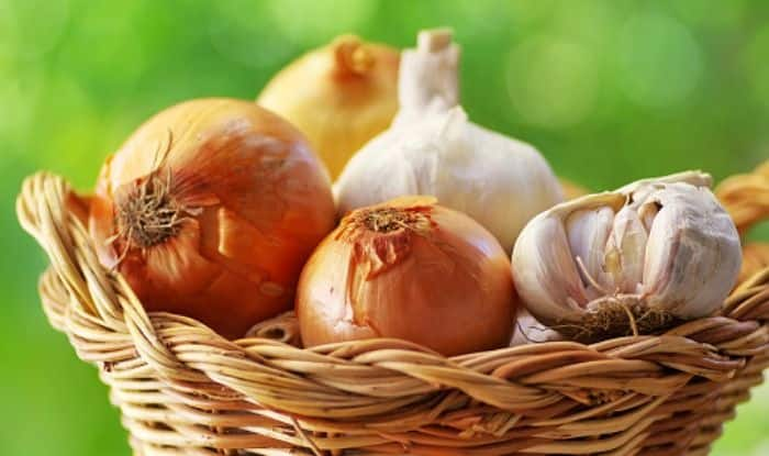 Onions And Garlic Linked To Lower Bowel Cancer Risk