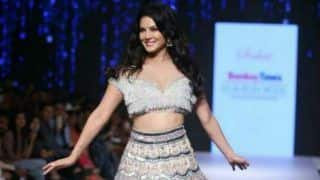 Bollywood Hottie Sunny Leone Looks Her Sexiest Best in Heavy Embellishment Sparkly Lehenga as She Walks The Ramp at Fashion Show