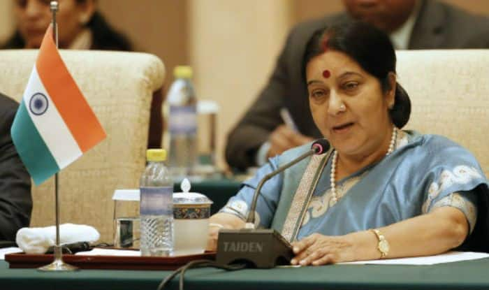 'Advani ji Our Father Figure, Maintain Some Decorum of Your Speech', Sushma Swaraj on Rahul's 'Booted Out' Remark