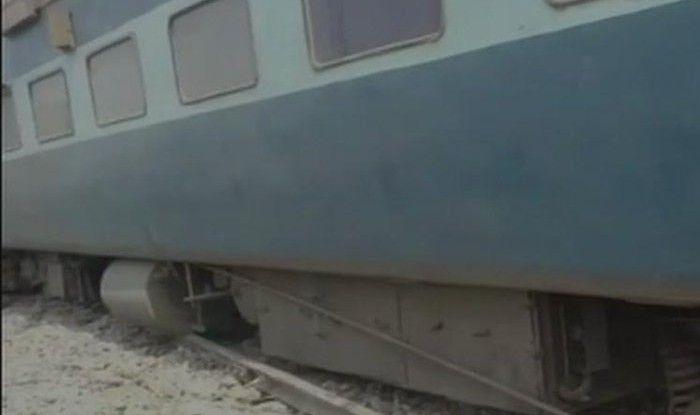 Bihar: 4 Injured as 13 Coaches of Tapti-Ganga Express Derails in Chhapra