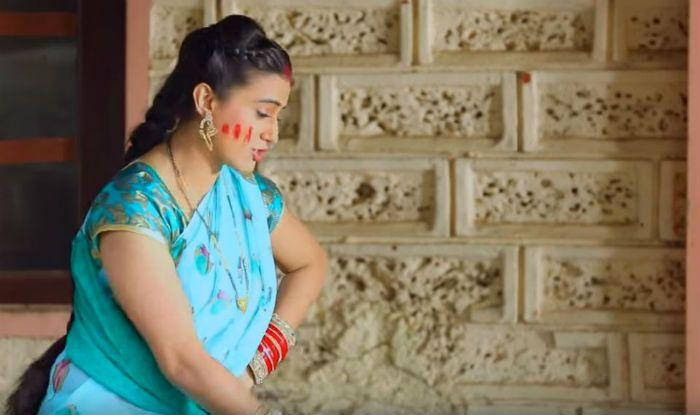 Bhojpuri Hot Actress Akshara Singh's Holi Song 'Holi Mein FIR Karoongi' is The Latest Thing to Watch