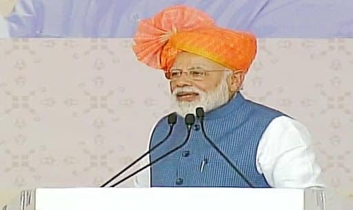 Modi Dhar Rally News Updates: IAF Struck Terror Camps in Pakistan But it Hurt 'Some' People Here, PM Takes Dig at Oppn