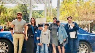 Hrithik Roshan Spends His Sunday With Ex-Wife Sussanne Khan, Kids And Sonali Bendre's Family, See Pic