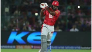गेल ने IPL में नया इतिहास रच डाला, 4000 रन की रेस में वॉर्नर, विराट सबको पछाड़ा!
