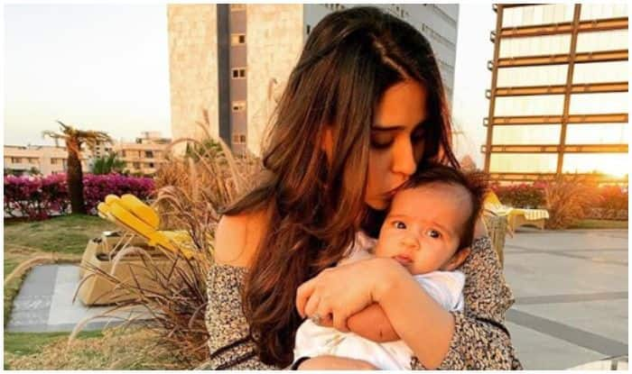 Ritika Sajdeh with daughter Samaira