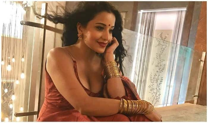Bhojpuri Bombshell Monalisa Raises Temperatures in New Suit Look From Nazar's Set, Aims to 'Refuel Your Soul' on Sunday