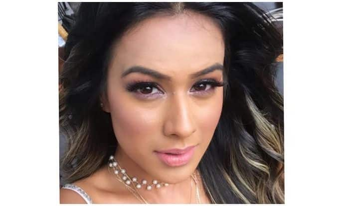 Television Hottie Nia Sharma Says She's 'Listening' Through Latest Instagram Post, Makes Fans Stop in Tracks With Smokey Look