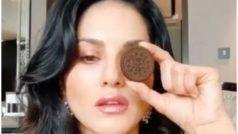 Biscuit के साथ सनी लियोनी ने दिया 'जानलेवा' एक्सप्रेशन, नहीं भी मन हो खाने का तो भी खा जाएंगे