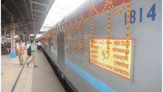 50 साल की हुई भारतीय रेलवे में क्रांति लाने वाली राजधानी एक्सप्रेस, यात्रियों को परोसे गए रसगुल्ले