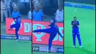 IPL 2019: Axar Patel-Colin Ingram Tag Team to Take Brilliant Catch to Dismiss Chris Gayle During Delhi Capitals vs Kings XI Punjab | WATCH VIDEO