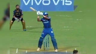 IPL 2019: Hardik Pandya Does a MS Dhoni During Kolkata Knight Riders vs Mumbai Indians, Plays Helicopter Shot to Perfection | WATCH VIDEO