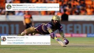 IPL 2019: Replace Dinesh Karthik With Chris Lynn or Andre Russell, Fans Troll KKR Skipper's For Another Ordinary Outing vs SRH | SEE POSTS