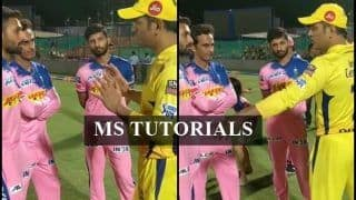 IPL 2019: MS Dhoni Gives Tips to Rajasthan Royals Youngsters After CSK Beat RR in Last-Ball Thriller | WATCH VIDEO