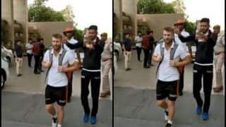 IPL 2019: Khaleel Ahmed Plays Prank on David Warner Ahead of Rajasthan Royals vs SunRisers Hyderabad at Sawai Mansingh Stadium | WATCH VIDEO