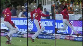 IPL 2019: Chris Gayle Kicks Ball Over Boundary During Sunrisers Hyderabad vs Kings XI Punjab is Unmissable | WATCH VIDEO