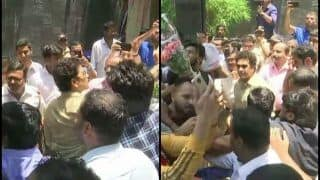 Sachin Tendulkar Meets Fans Outside His House on His 46th Birthday | SEE PICS
