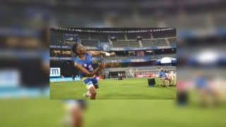 IPL 2019: Dwayne Bravo Plays Football as Practice Ahead of MI vs CSK El Classico at Wankhede | WATCH VIDEO