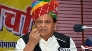 Congress Leader Ahmed Patel Tests COVID Positive, Asks Those Who Came in Contact to Get Tested