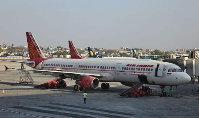 Air India Flight Delays After Elderly Woman Forgets Her Passport at The Security, Twitterati Calls it 'Airline With a Heart'