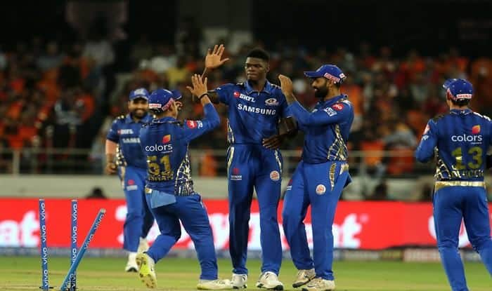 Mumbai Indians' Alzarri Joseph Registers Record on His Debut With Best-Ever Bowling Figures in IPL History
